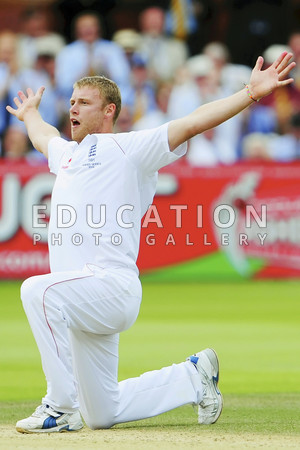 Andrew Flintoff of England celebrates the wicket of Peter Siddle of Australia during day five of the npower 2nd Ashes Test Match between England and Australia at Lord's on July 20, 2009 in London, England.  (Photo by Mike Hewitt/Getty Images)